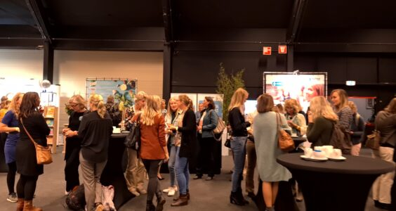 Afbeelding voor Video Diëtistendagen 2021, bekijk de sfeer en interviews met collega's